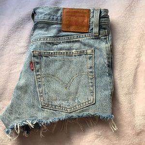 Levi's 501 jean shorts